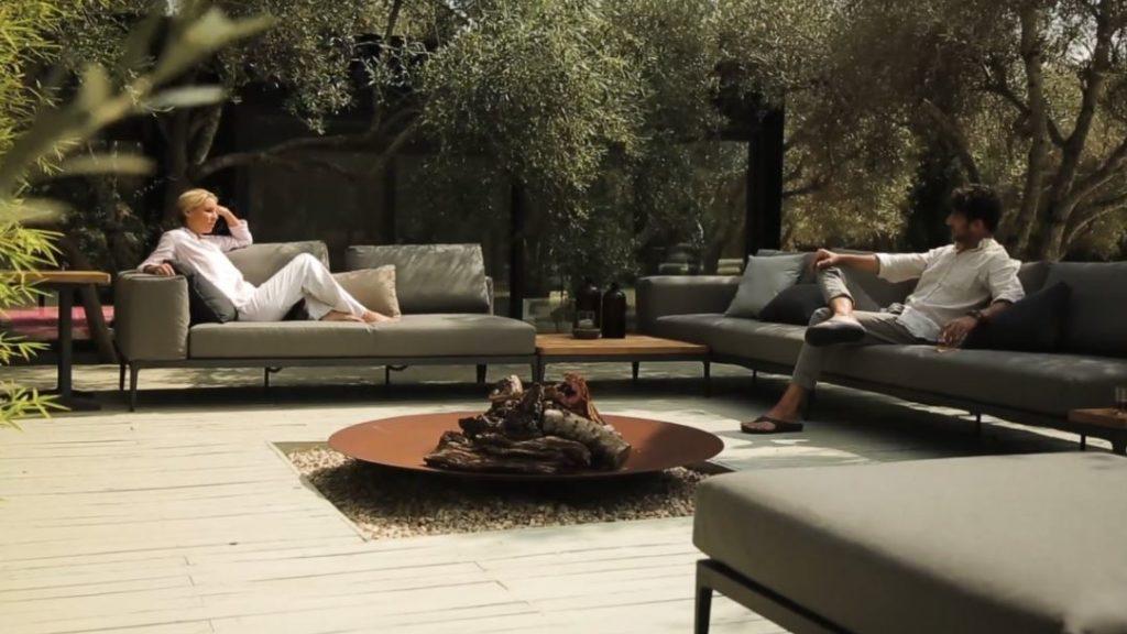 cushioned garden furniture